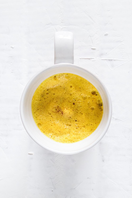 Delicious Vegan Turmeric Latte Recipe